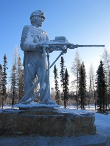 King miner statue in the winter