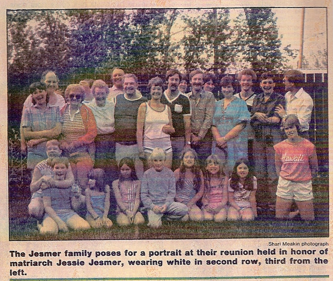 2-Jesmer family reunion picture 1984