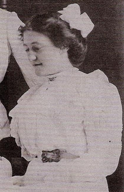 Ida in 1912 wedding day