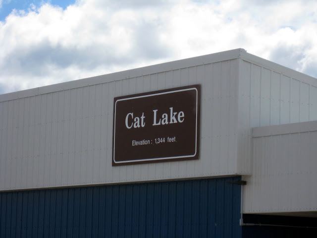 1-airport-in-cat-lake