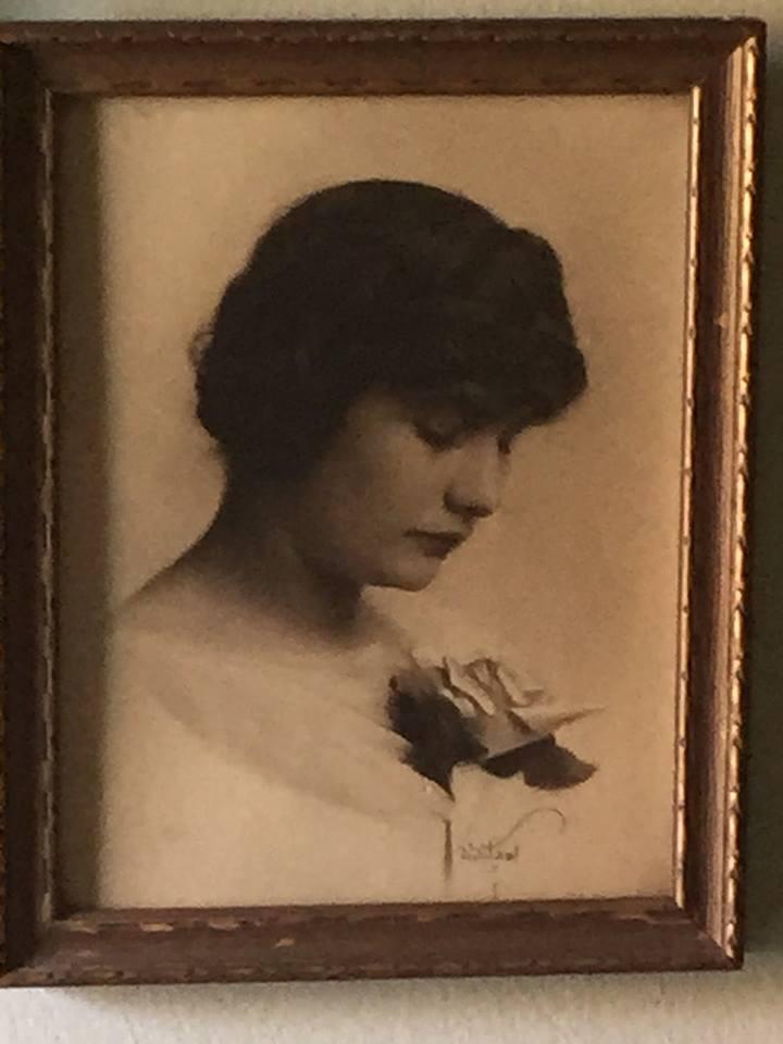 Maude - Helens mother