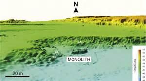 monloith 3